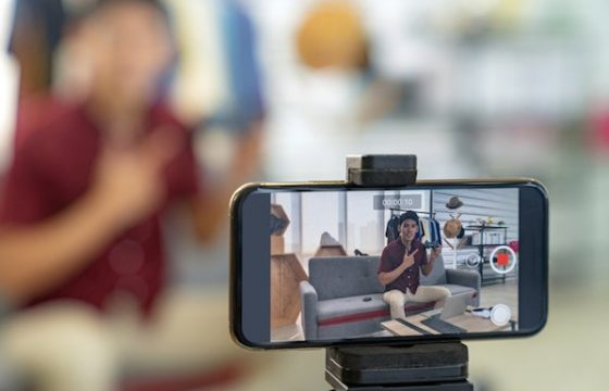 The Ultimate Guide to Successfully Livestreaming From Home