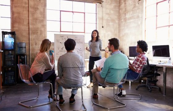 What Is a Focus Group in 100 Words or Less [+ Pros and Cons]
