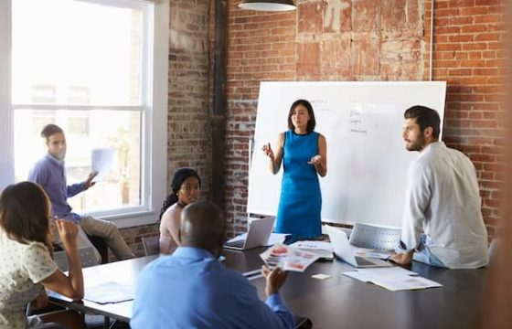 Whiteboarding: What It Is & How to Use It In Your Meetings